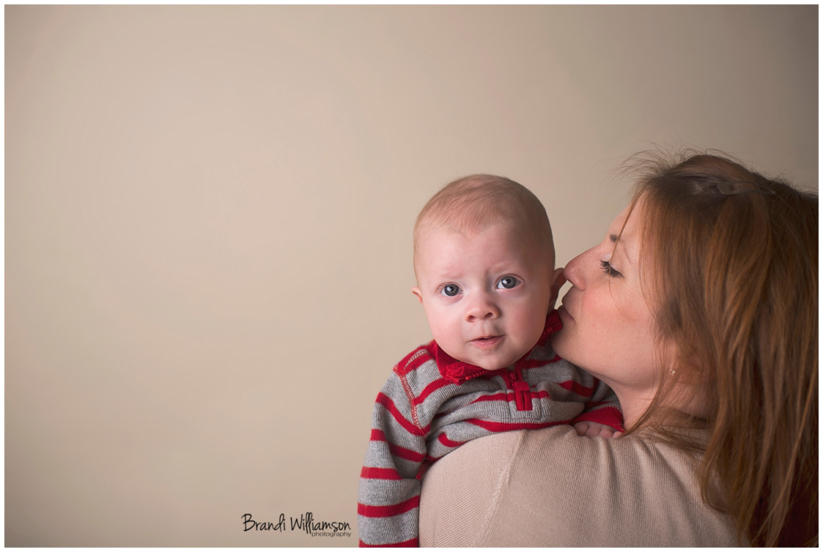 Akron OH baby photographer | Stark County & Tuscarawas County | www.brandiwilliamsonphotography.com